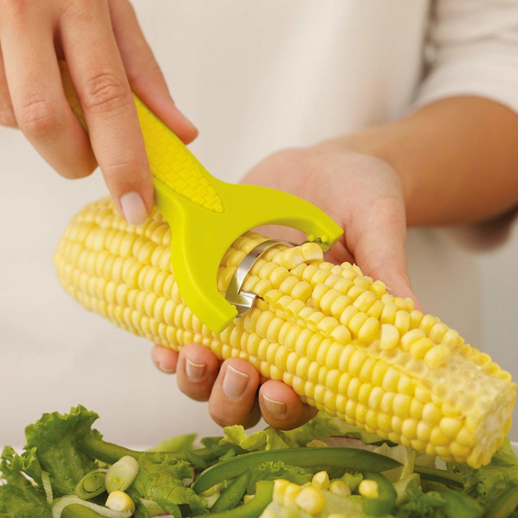 Cool Gadget - Zip corn kernels cleanly and effortlessly with this slicer