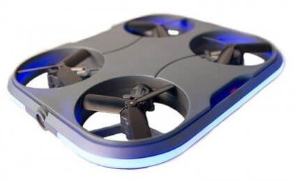 Kaideng Card Drone makes taking selfies a breeze