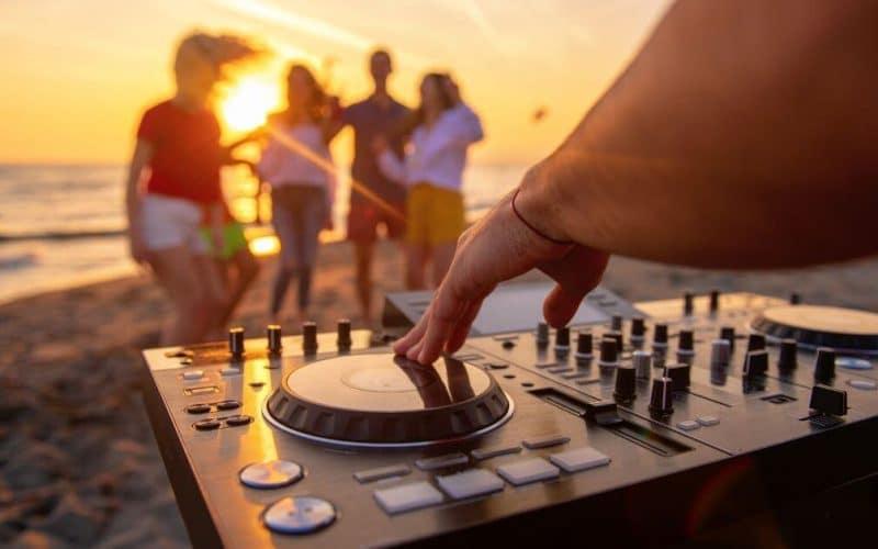 Rasta beach party mix